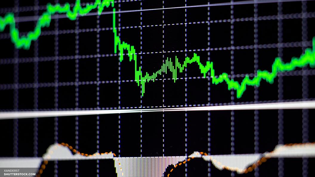 Доллар начал неделю ростом выше планки в 57 рублей