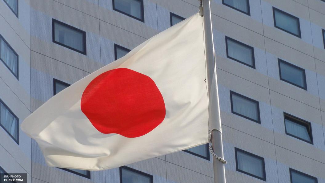 Японцы первыми в мире снабдили автомобиль дроном