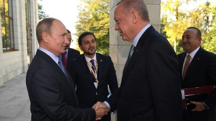 Путин пообщался с Эрдоганом впервые после смены статуса собора Святой Софии