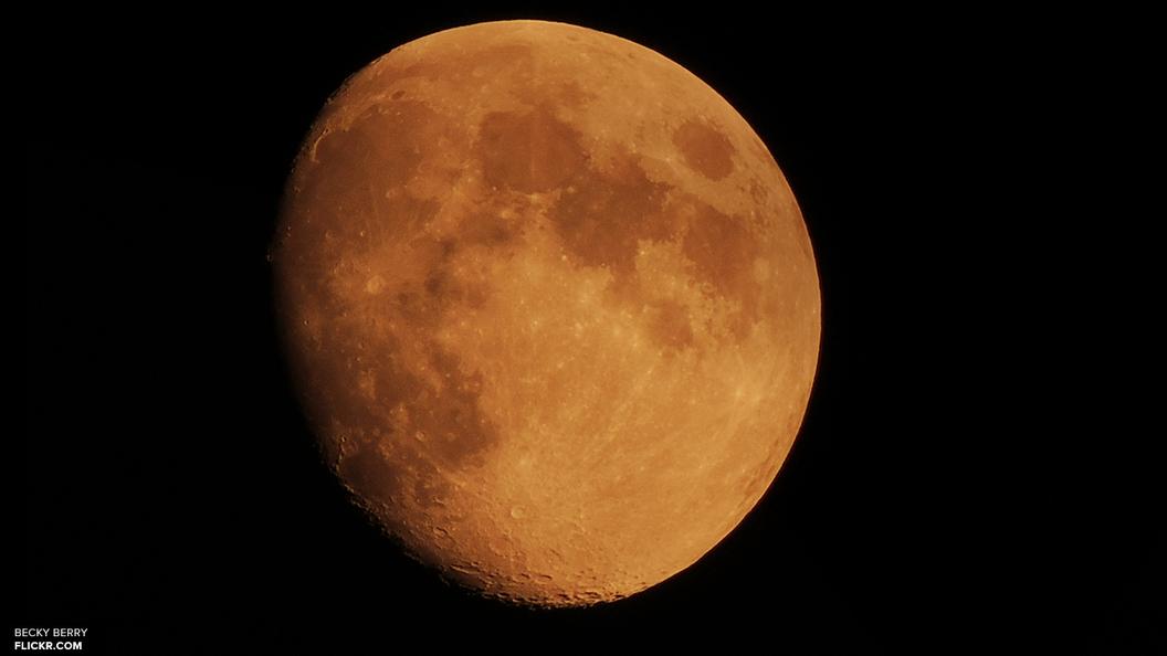 Луна имела магнитное поле, как у Земли - ученые
