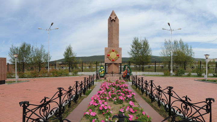 В Чите горела сухая трава на мемориале героям Халкин-Гола