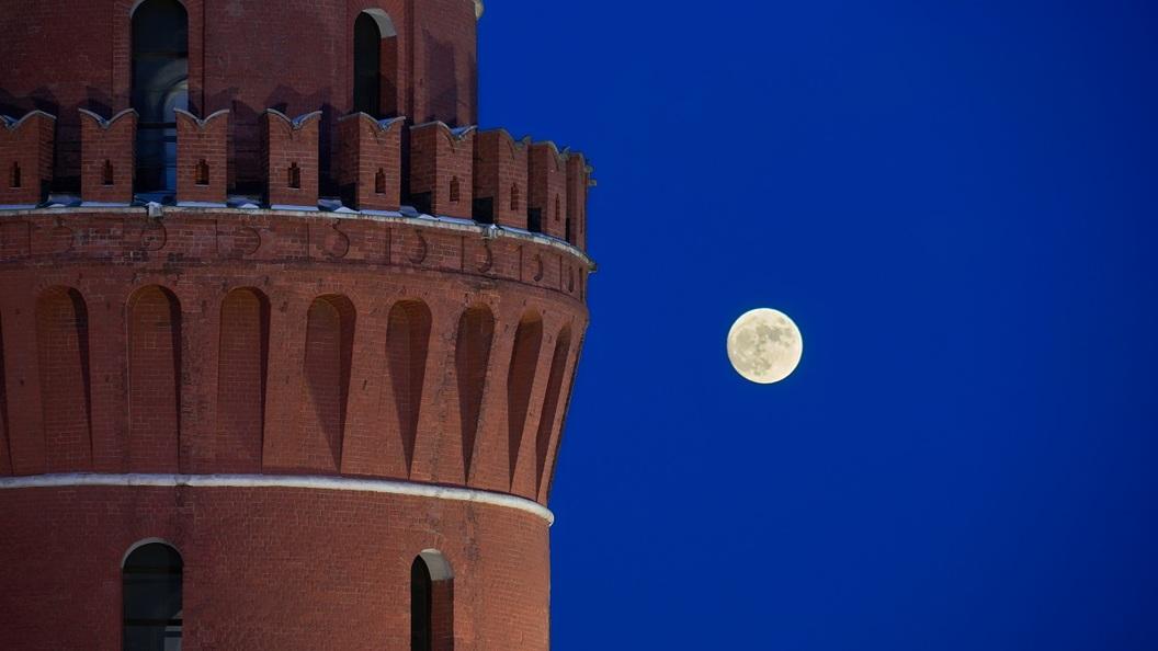 Ученые: Взрыв Луны может похоронить население Земли