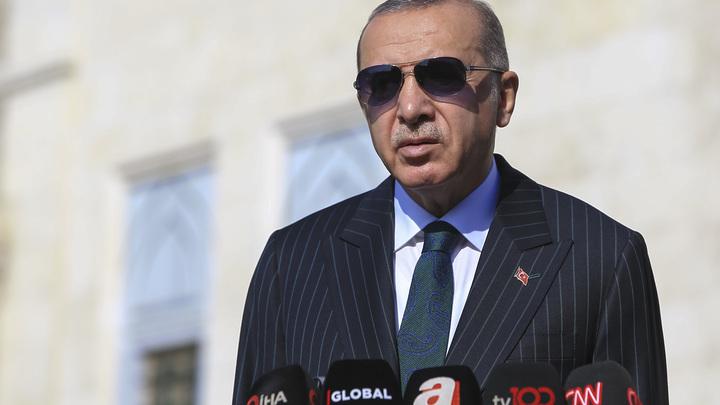 Эрдоган гонит турок по домам: В Турции вводится частичный комендантский час