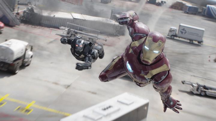 Британец в летающем костюме побил рекорд скорости - видео