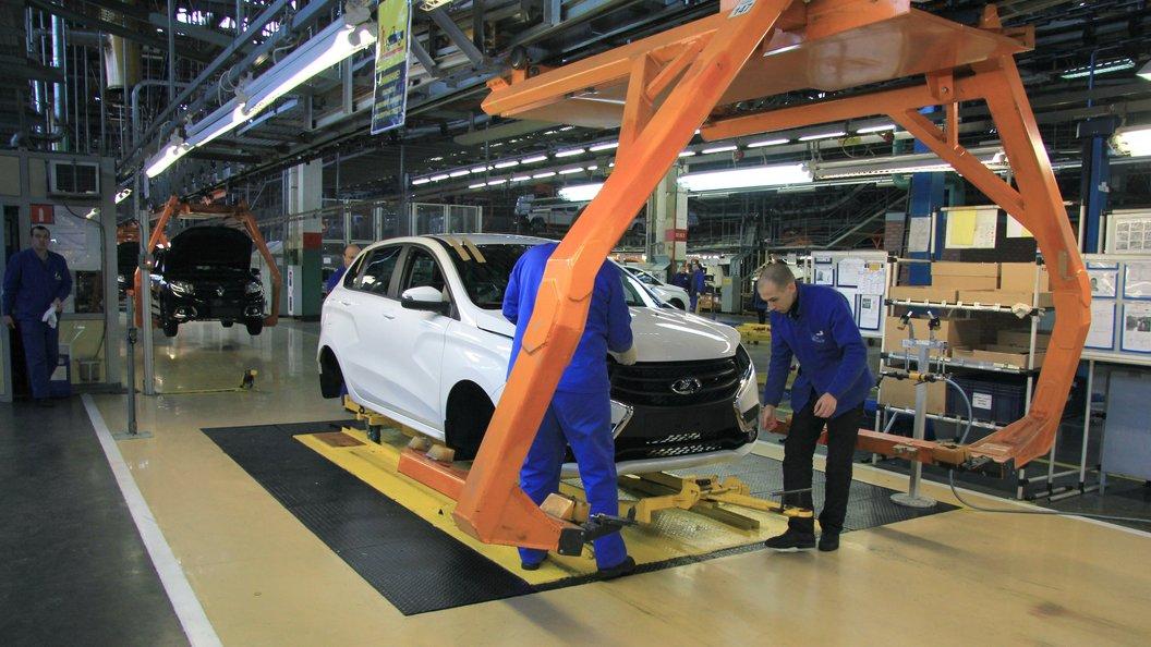 «GM-АвтоВАЗ» отзывает 2 700 авто Шевроле Niva вРФ
