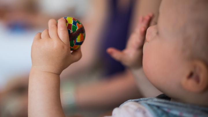 Минтруд рассказал, как еще могут стимулировать рождаемость в России
