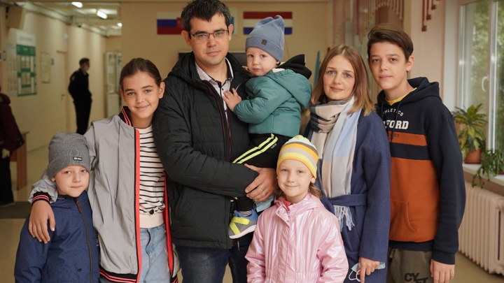 В Самаре проголосовала блогер – миллионник Мария Комкова: Решила, как будут жить мои 6 детей