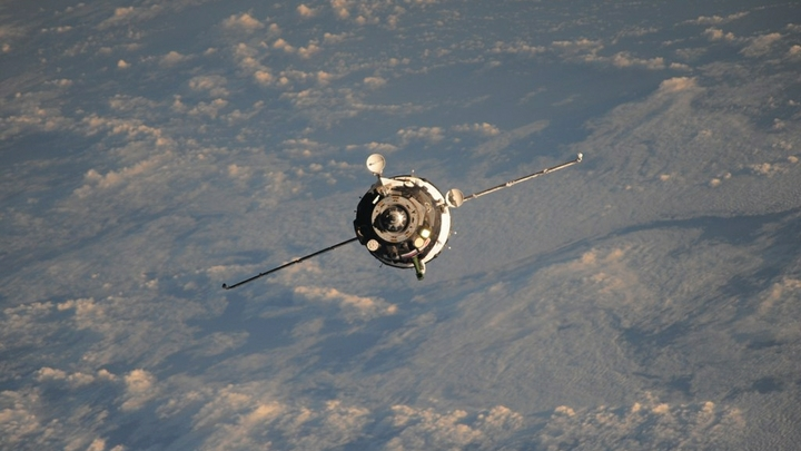Возле МКС уфологи зафиксировали тайный корабль NASA