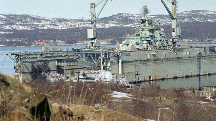 «Затонувший» док предназначен для погружений»: Военный эксперт раскрыл глаза на ЧП с «Адмиралом Кузнецовым»