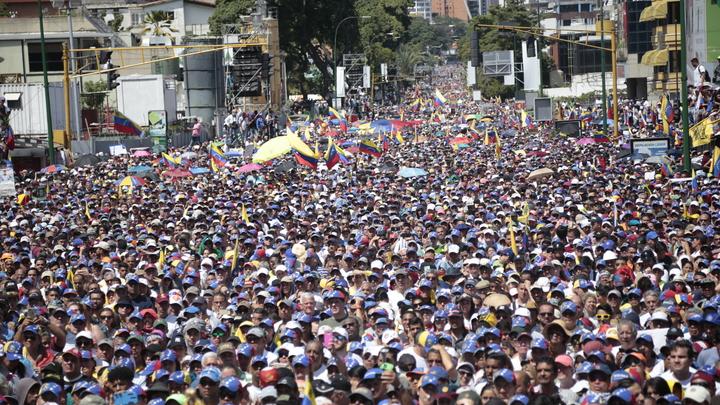 Кадры, которые не покажут западные СМИ: Голодная Венесуэла несколько дней назад - видео