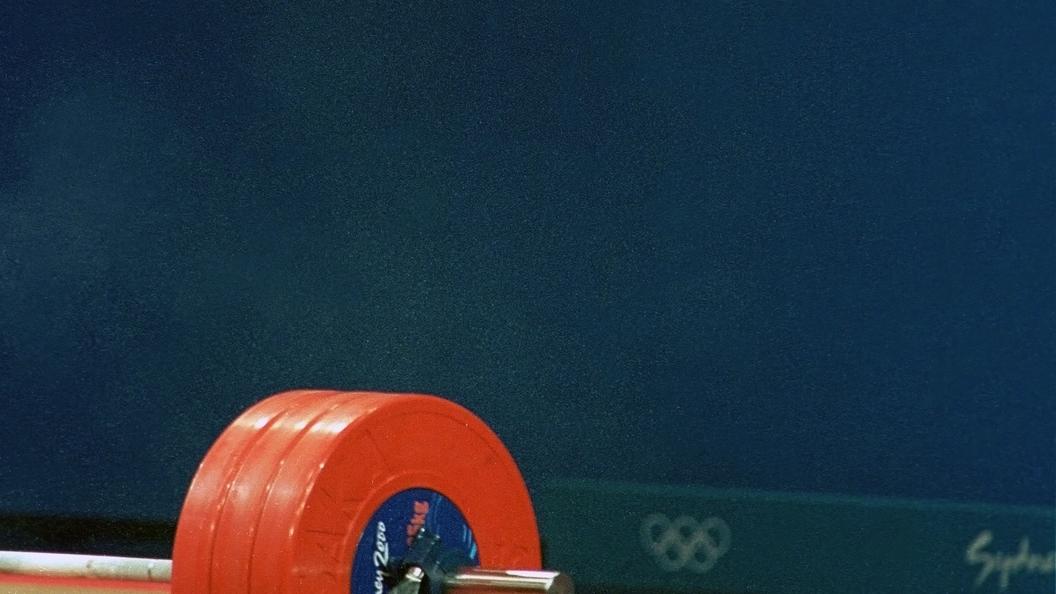 Канадская тяжелоатлетка Жирар стала чемпионкой Олимпиады встолице Англии