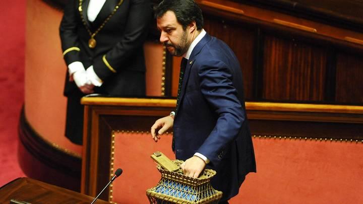 Хватит бойкотировать Россию: Италию раскололо на два лагеря решение выслать дипломатов из страны
