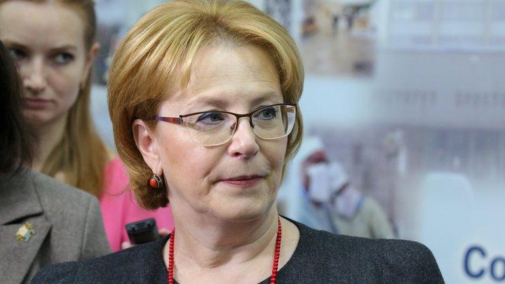 Возникает психологическое выгорание: Скворцова обозначила самый опасный период пандемии для России