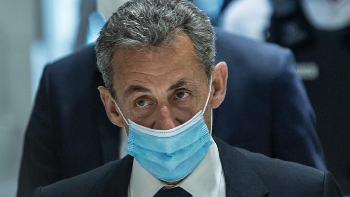 Если бы мы были в России месье Путина: Саркози поймал правозащитников на двуличии