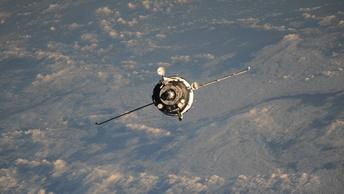 Российские космонавты возвращаются на Землю. Онлайн-трансляция