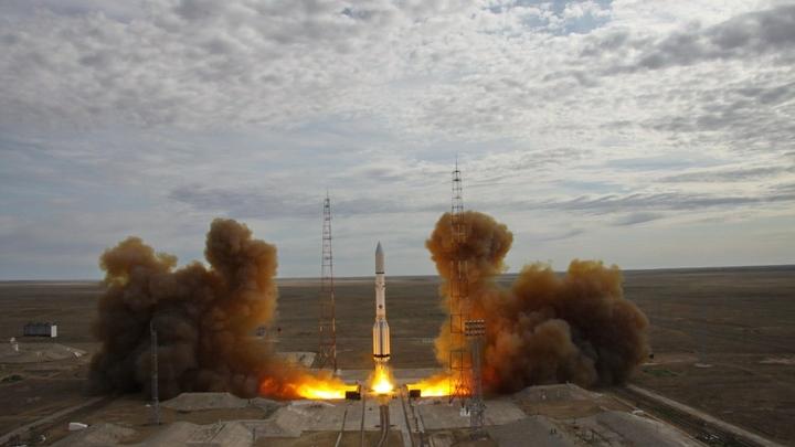 Российская ракета вывела на орбиту спутник связи для АТР