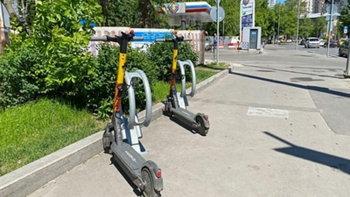 Далеко не уехал: в Тольятти поймали укравшего электросамокат