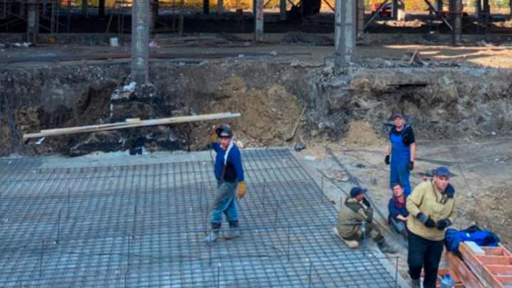 В Кургане в цехах арматурного завода начали строить новый завод ЖБИ
