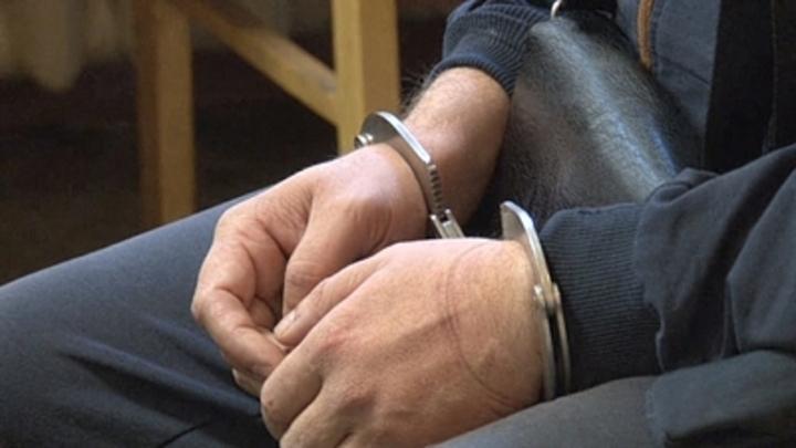 Взявший в заложники семью в Москве отправлен под арест на два месяца
