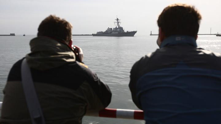 Вернитесь, мы все простим: В Крыму пожалели обманутых Порошенко украинских моряков