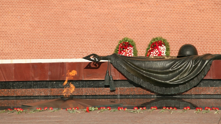 День Неизвестного Солдата. Почему Брежнев был против, и кто его перехитрил