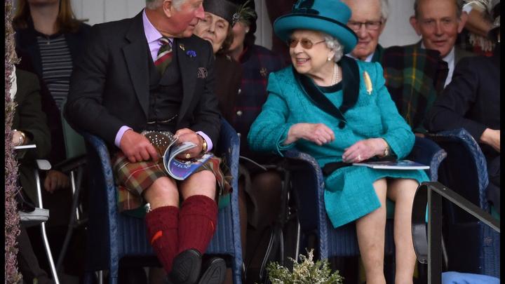Елизавету II начали готовить к выселению из Букингемского дворца