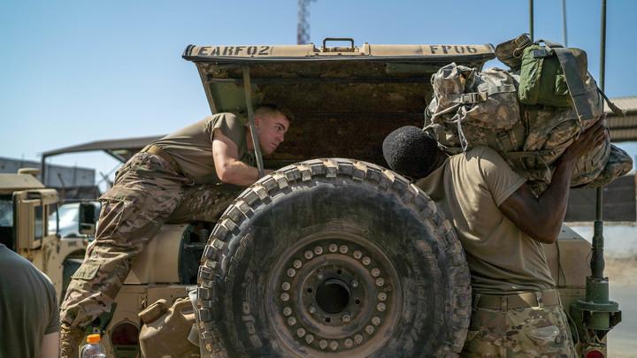 На каком вы здесь основании?: Российский офицер поставил на место зарвавшегося американца в Сирии