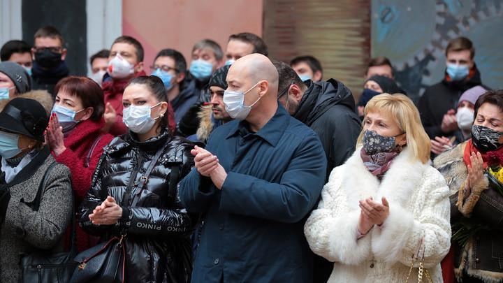 Скабеева продолжает троллить оскорбившего Россию Гордона: Реально псих Дима счастлив...
