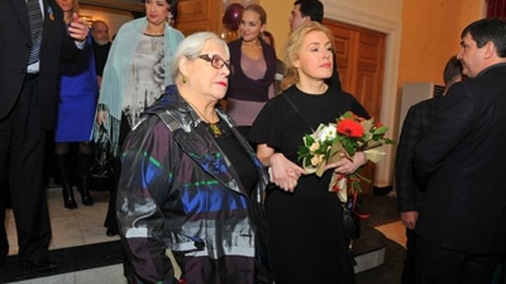 Мария Шукшина одним фото опровергла слухи о сердечном приступе матери: Хочу разом всех успокоить