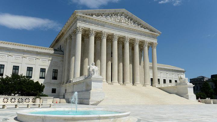 Верховный суд США частично разблокировал антииммигрантский указ Трампа