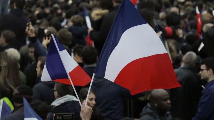 Франция будет за двое суток выдавать гражданам России визы