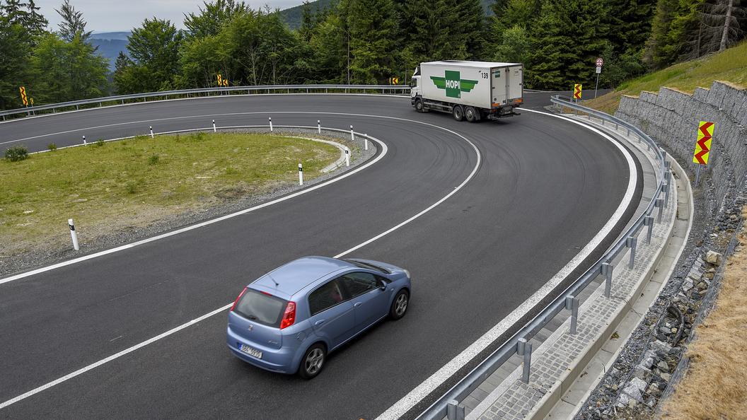 РФ несмола попасть впятерку крупнейших автомобильных рынков Европы