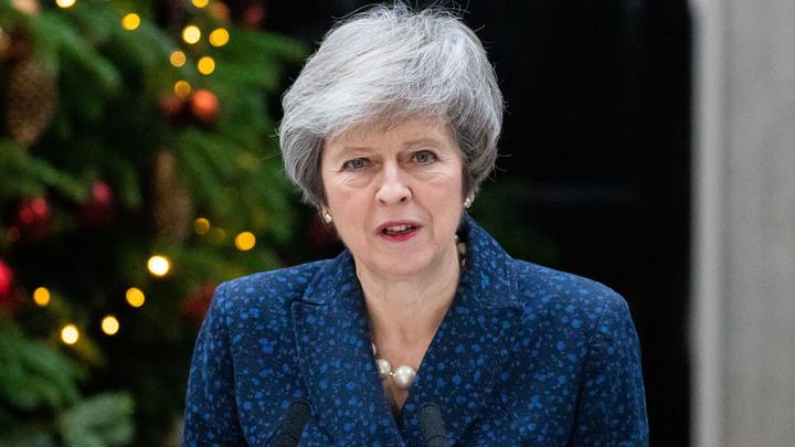 Консерваторы вытащили Мэй: Великобритания сохранила прежнего премьер-министра