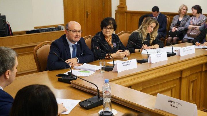 Непрофессионально: В Азербайджане раскритиковали резолюцию США по геноциду армян