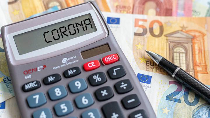 Жителям Латвии списали долги по ипотеке: Коронавирус заставил сейм принять законопроект