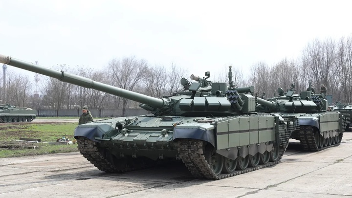 В параде Победы в Ростове примут участие более ста единиц сухопутной и воздушной боевой техники