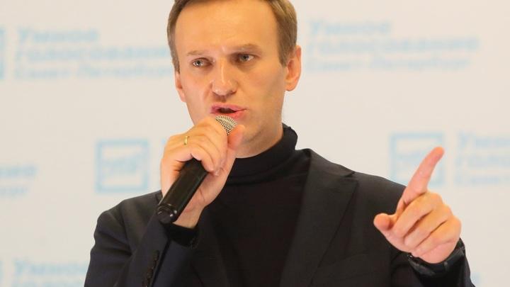 Споткнулся о косяк с профсоюзами: Медуза по пунктам объяснила, почему Навальный не прав