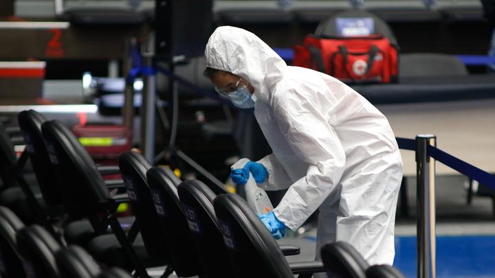 Кому положена прививка от COVID: В Москве открыли запись для новых групп риска