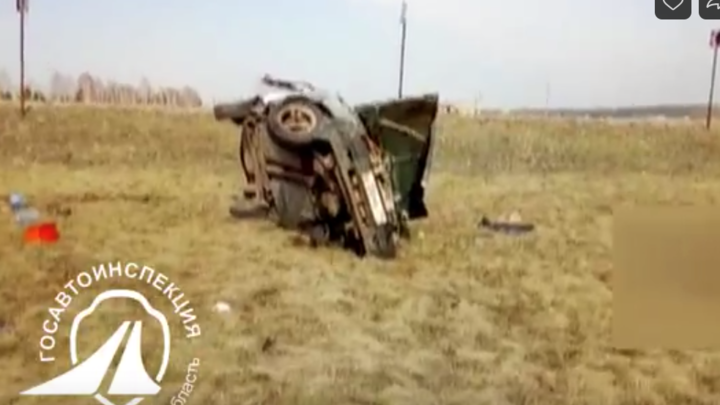 Погибший был лишен прав: в Челябинской области легковой автомобиль улетел в кювет
