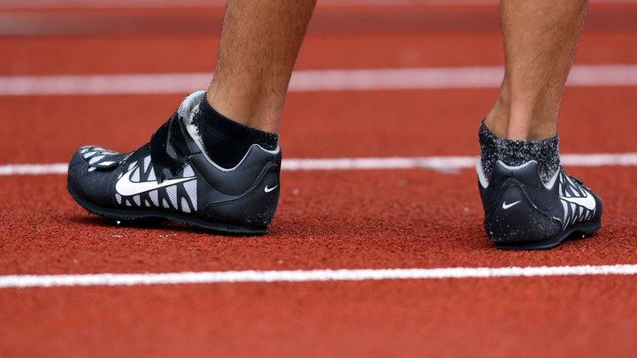 «Просто сожги»  Американцы массово избавляются от кроссовок Nike bd3da30080b