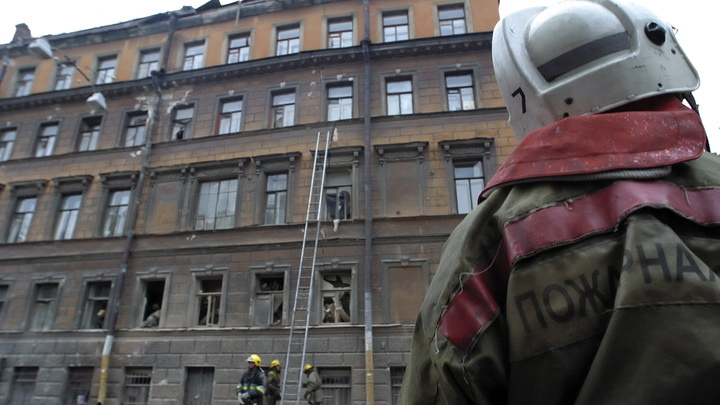 Пожар в Ростове: Найдены тела двух погибших