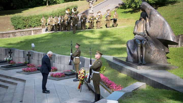 По 50 тысяч за голову: На раскопавших могилы советских солдат объявили охоту