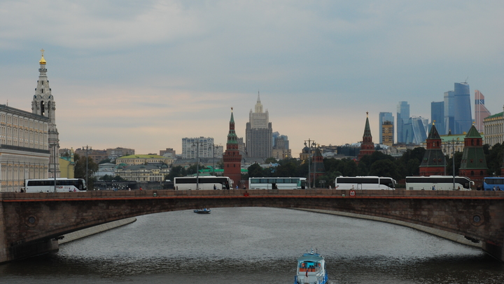 На работах по благоустройству Москвы откопали клад с монетами XVII века