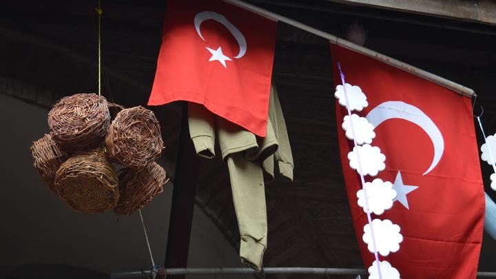 Турция почтила память российского посла Карлова памятником в Анкаре