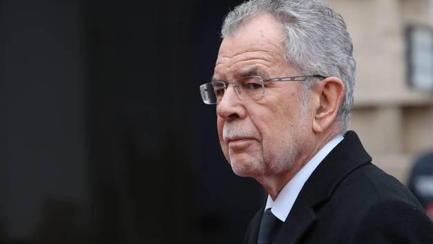 Президенту Австрии стало стыдно за осквернение мемориала советским воинам в Вене
