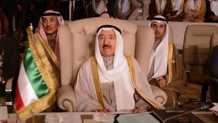 Кувейт в скорби: Старейший арабский правитель Сабах IV скончался в США