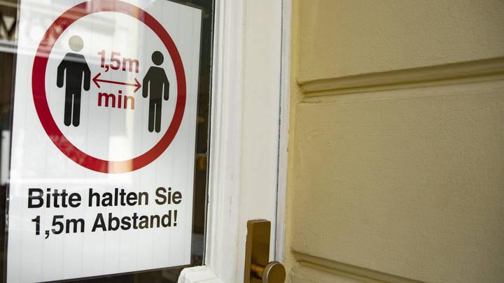 Немецкие учёные предупредили о третьей волне коронавируса