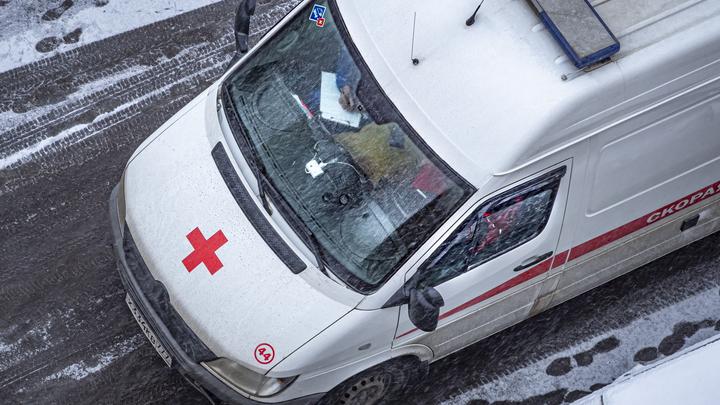Кровь брызнула прямо в глаз: На станции скорой не нашли препаратов, чтобы помочь фельдшеру после контакта с ВИЧ-заражённым