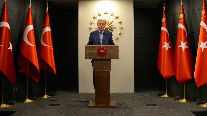 Турция повернулась спиной к Западу