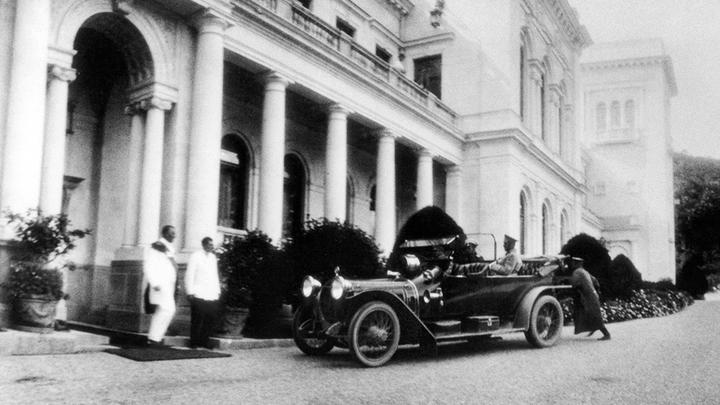 Государь требовал необычайно быстрой езды: Все о роскошном автопарке Николая II